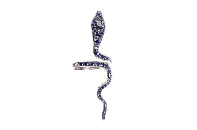 Wanted ! La bague serpent Ileana Makri