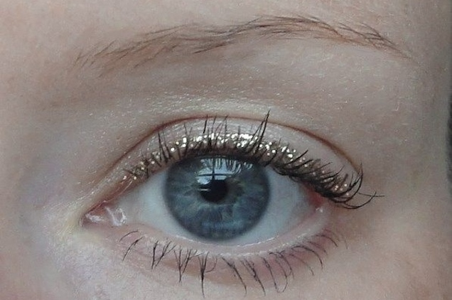 #MAKEUPOFTHEDAY : le liner glitter