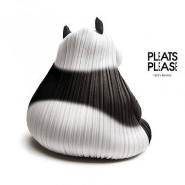 Pleats Please !
