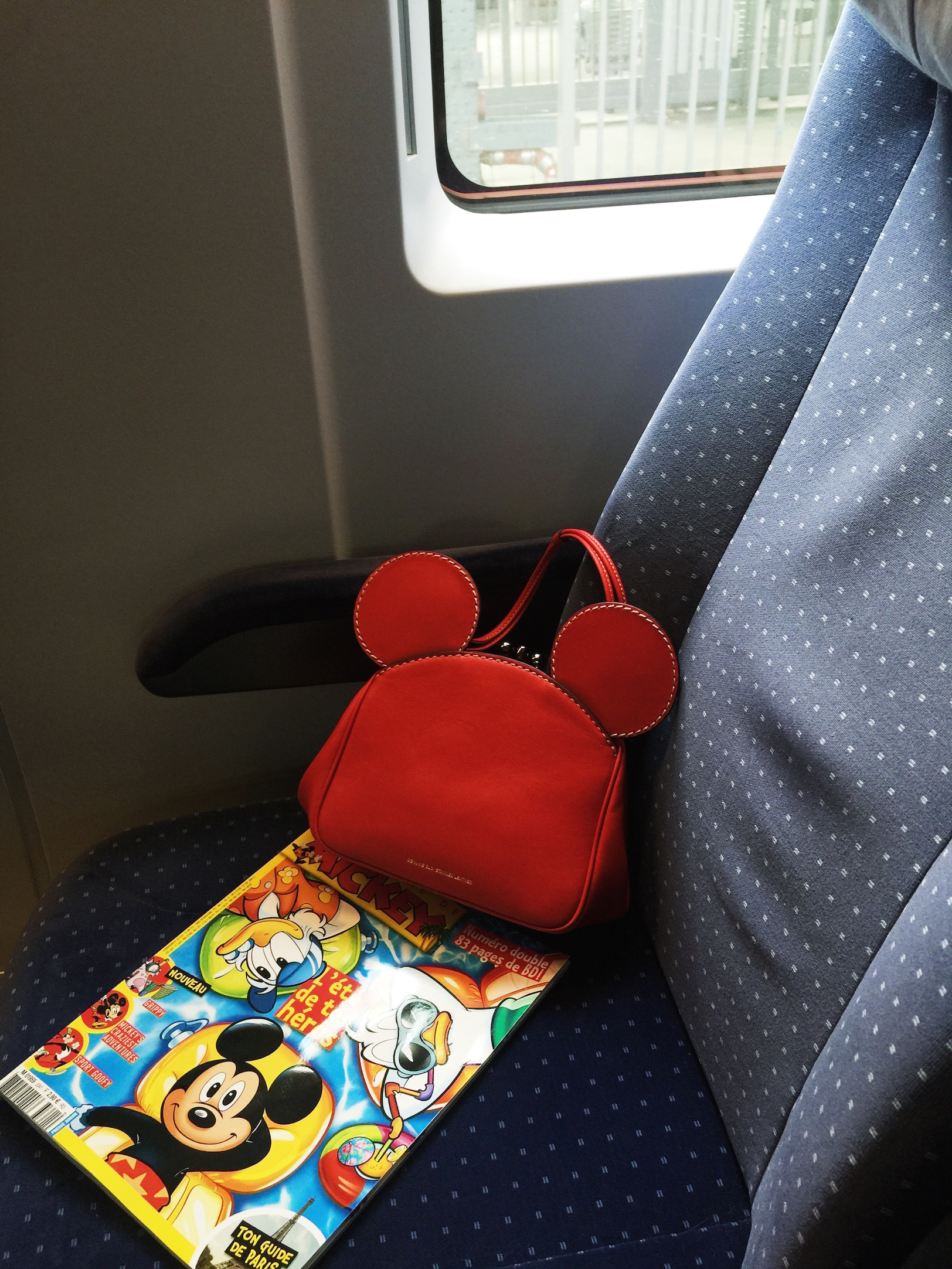 COACH MICKEY MOUSE