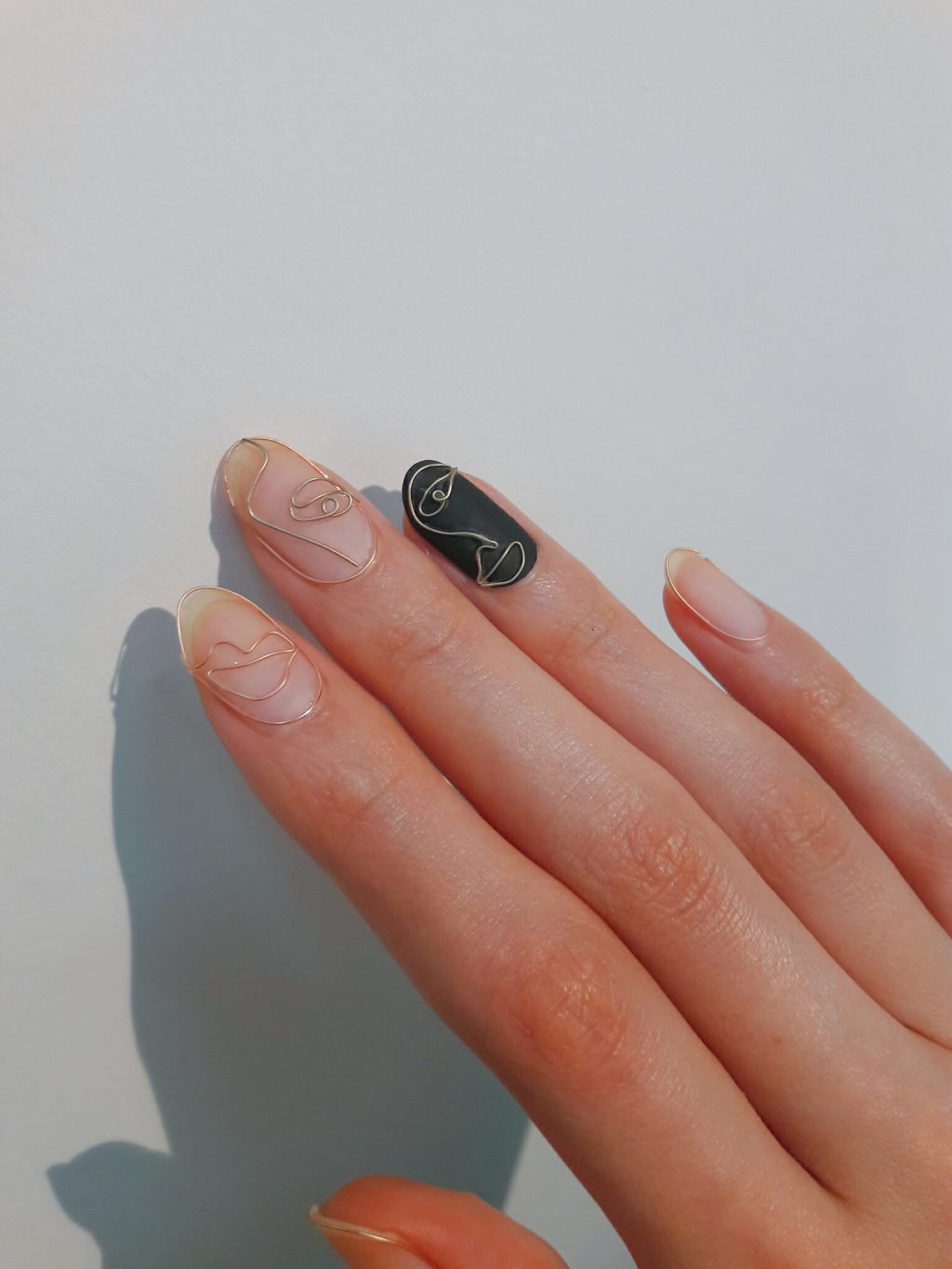 Les wire nails d'Unistella
